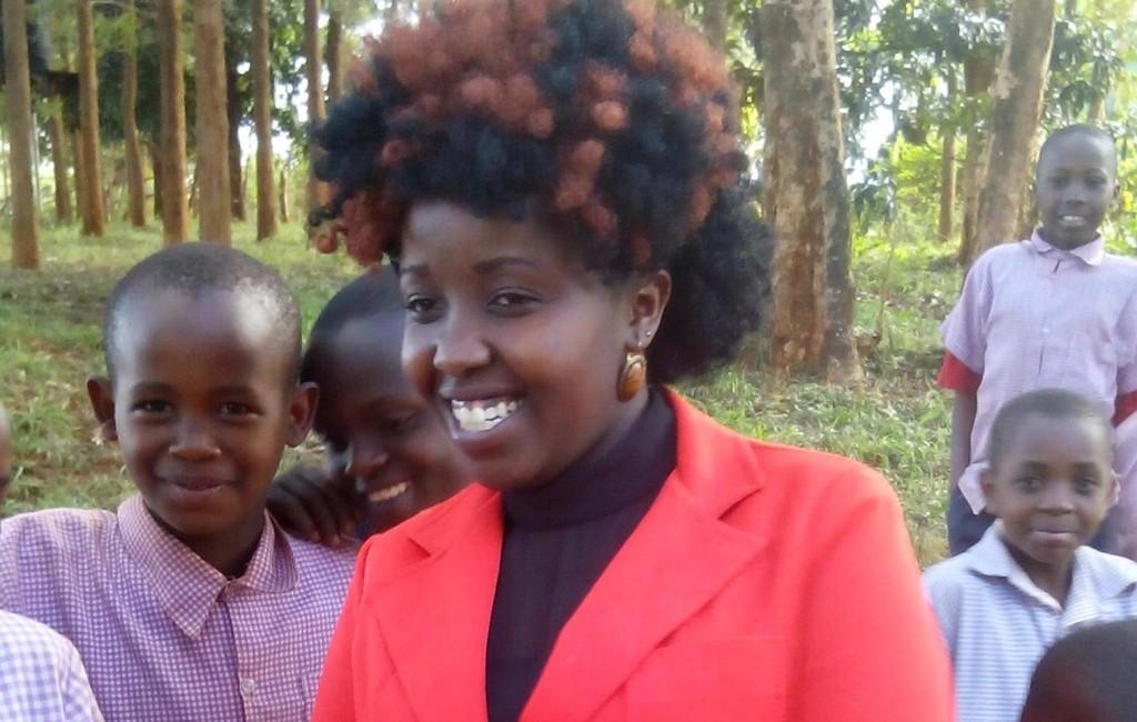 Kenya-Student-Leader-Climbs1
